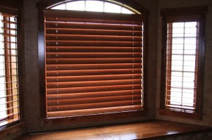 blinds bend oregon window blinds as long as were fixing your blinds why not have us clean them too we offer amazing blind cleaning using our ultrasonic cleaner bend oregon blind repair vision cleaning